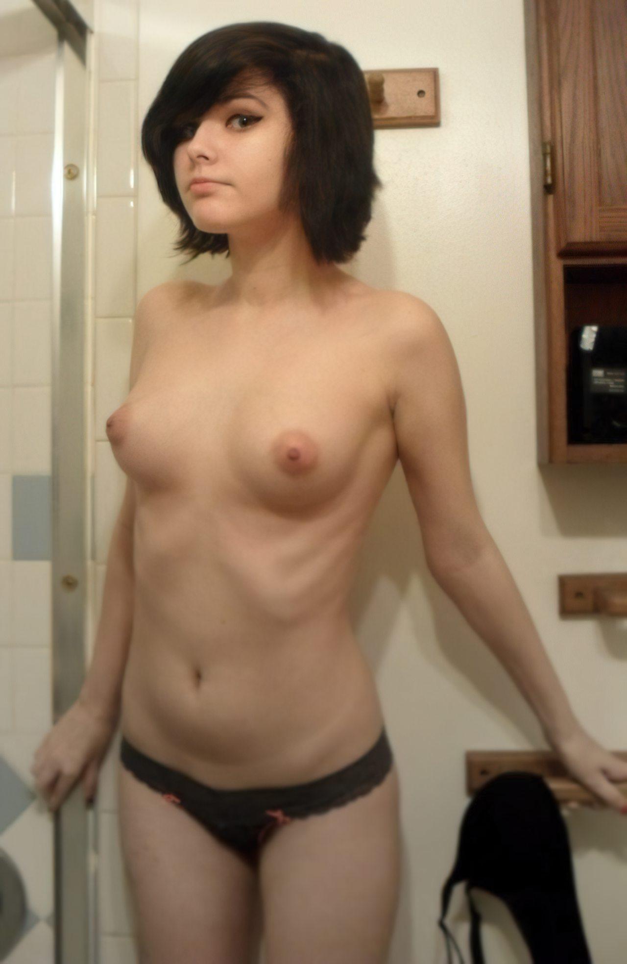 Novinha Pelada Webcam (15)
