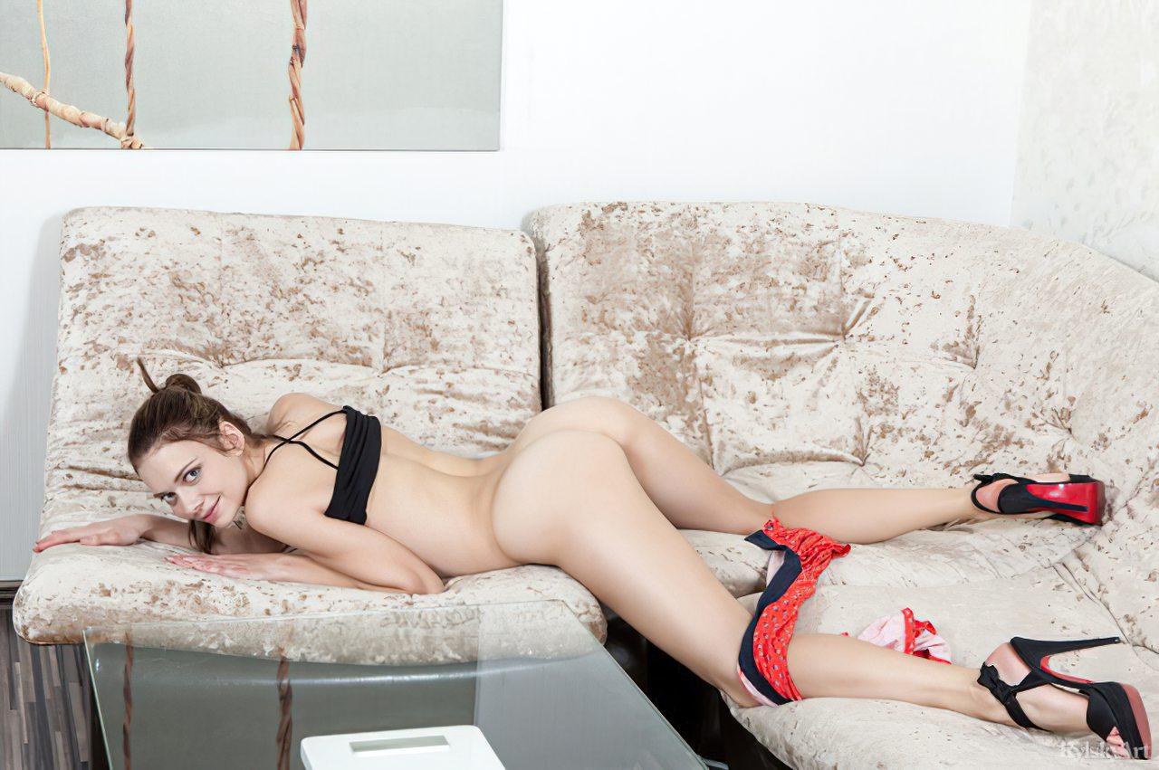 Novinha Nua (30)