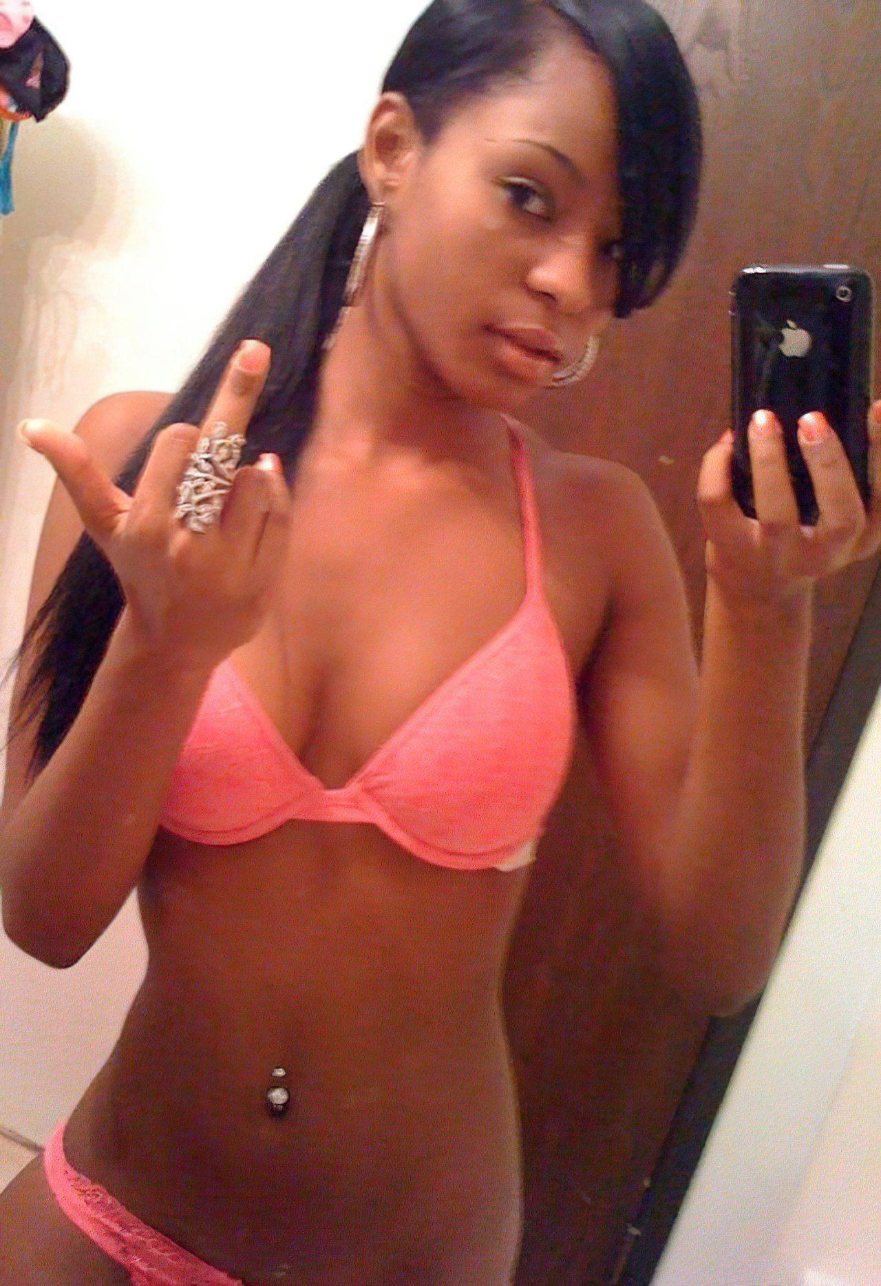 Negra Novinha Safada (54)
