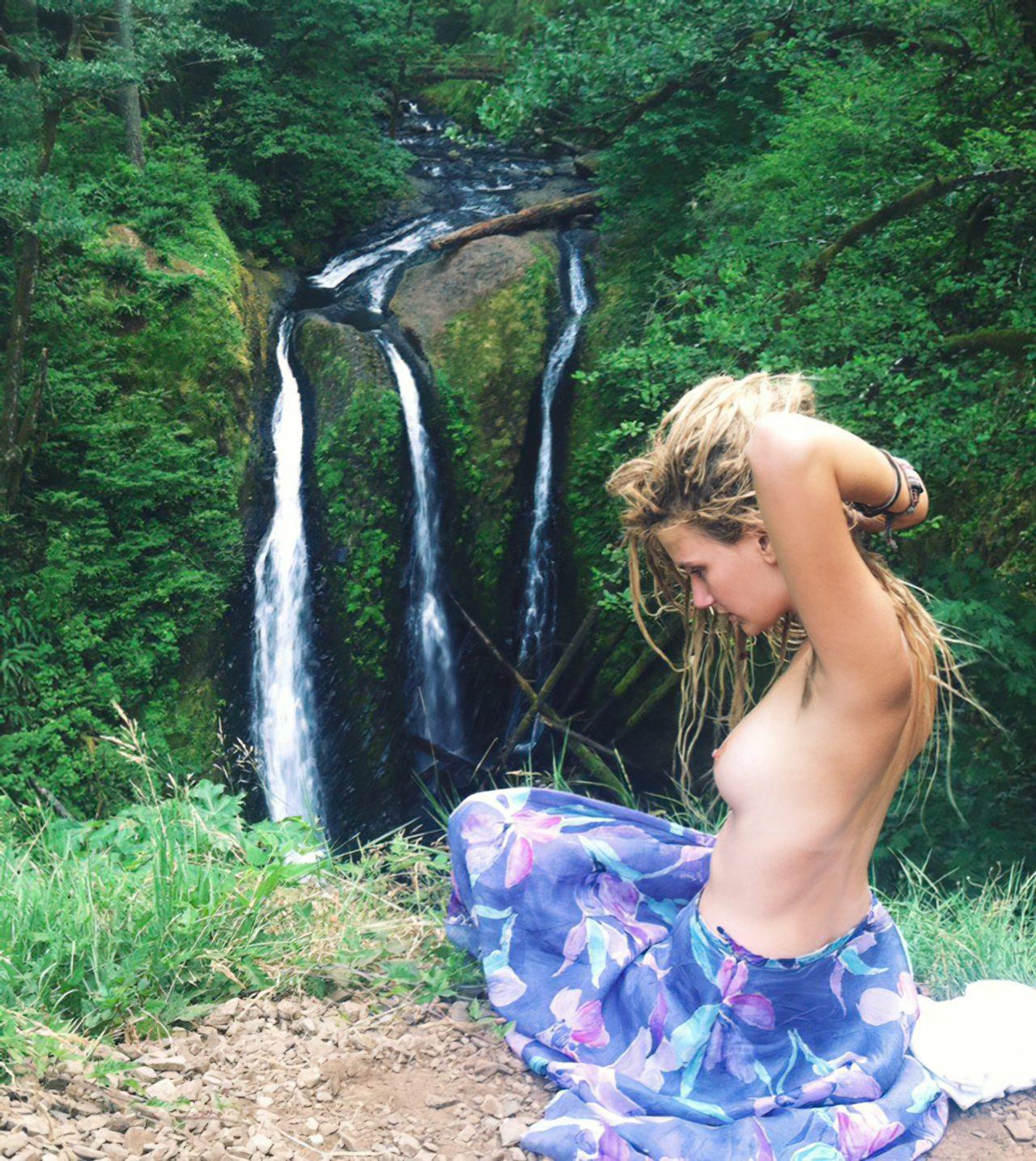 Hippie Girl (5)