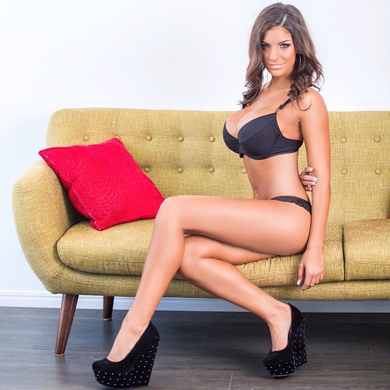 Libby Powell (26)