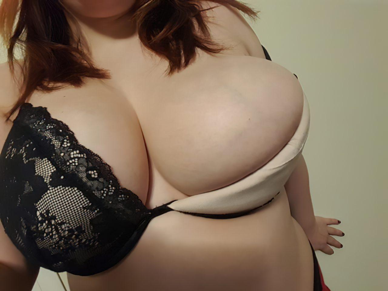 Gordinha Peitos Grandes (6)