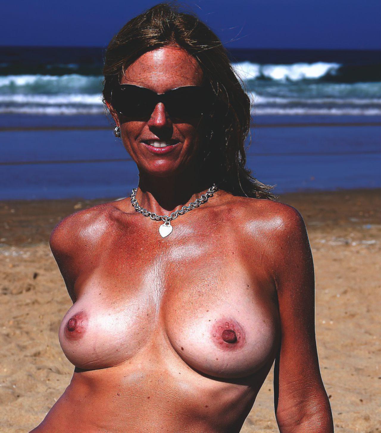 Madura Topless Praia (5)
