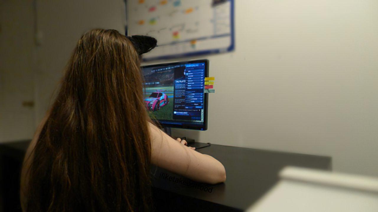 Gamer (10)