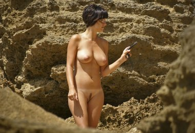 Mulher Pelada Praia Nudista (5)
