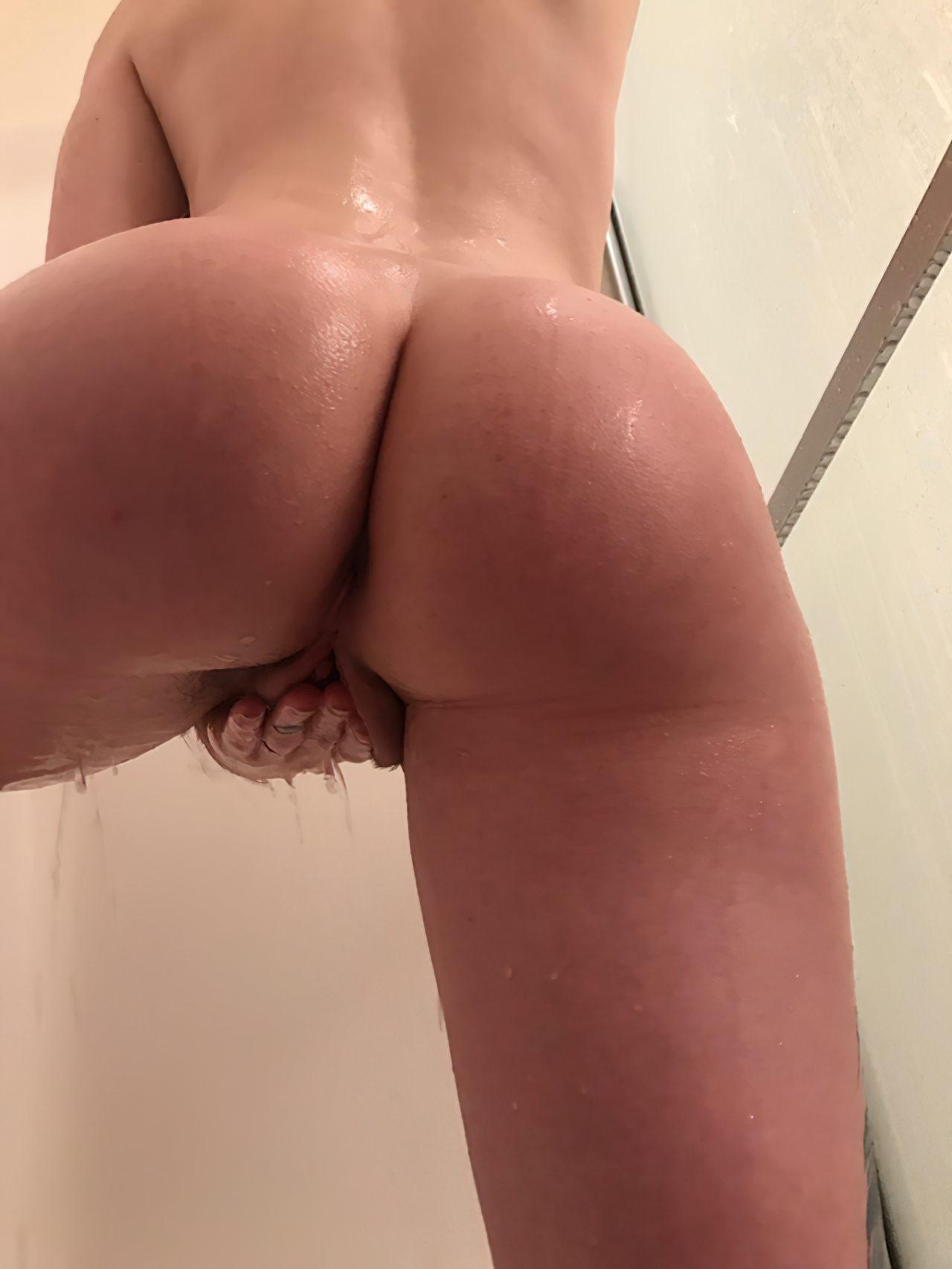 Amadora Sexy Tomando Banho (6)