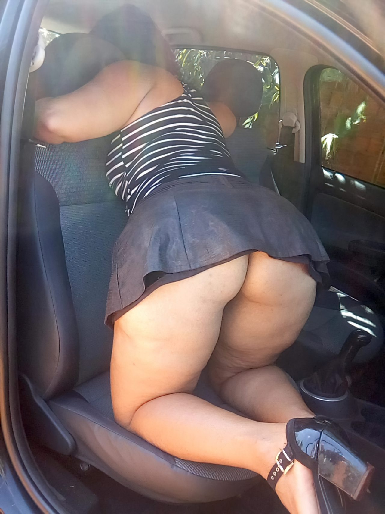 Linda Sedutora Mulher (2)