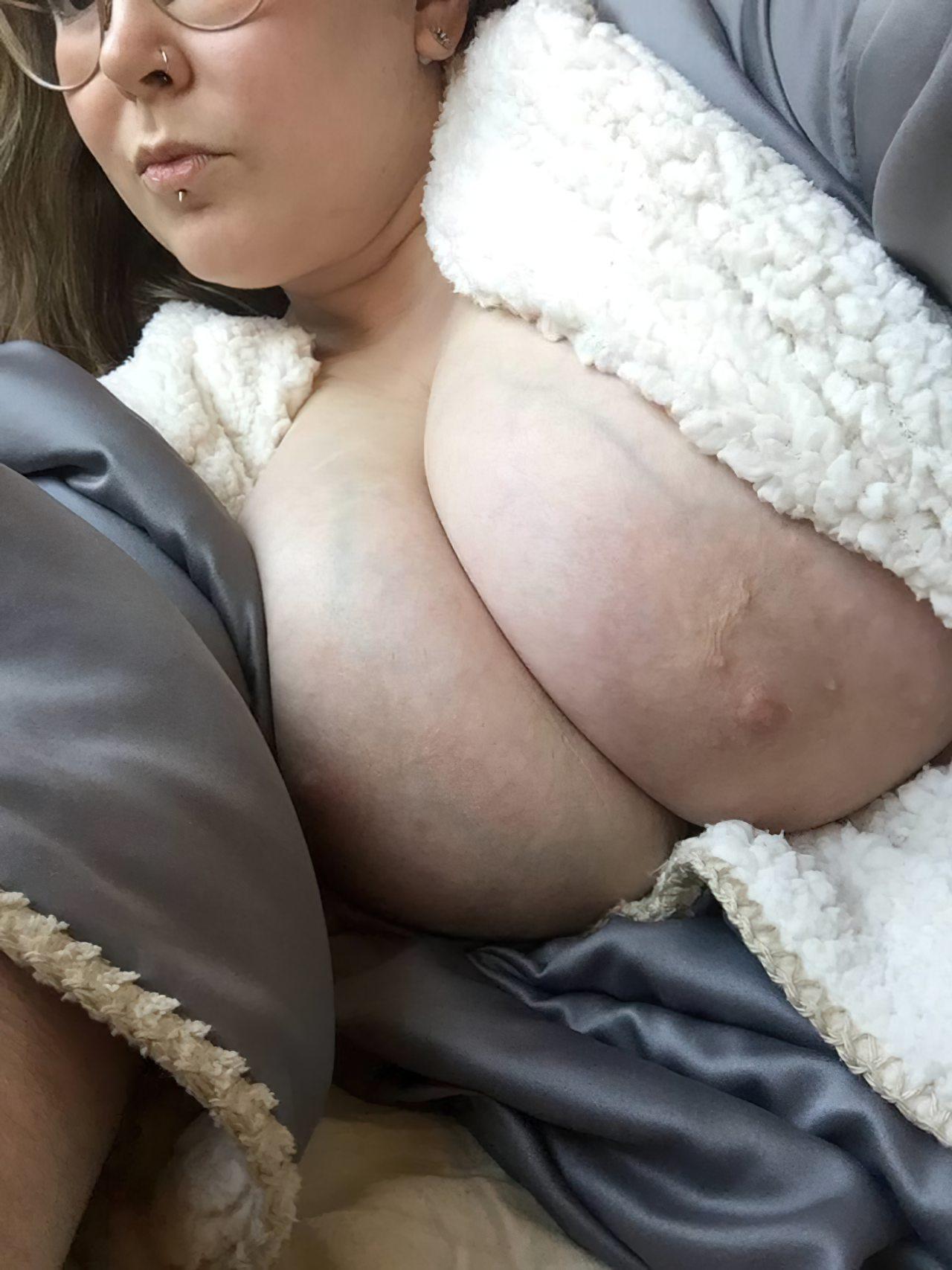 Nudes Gordinha Atrevida (10)