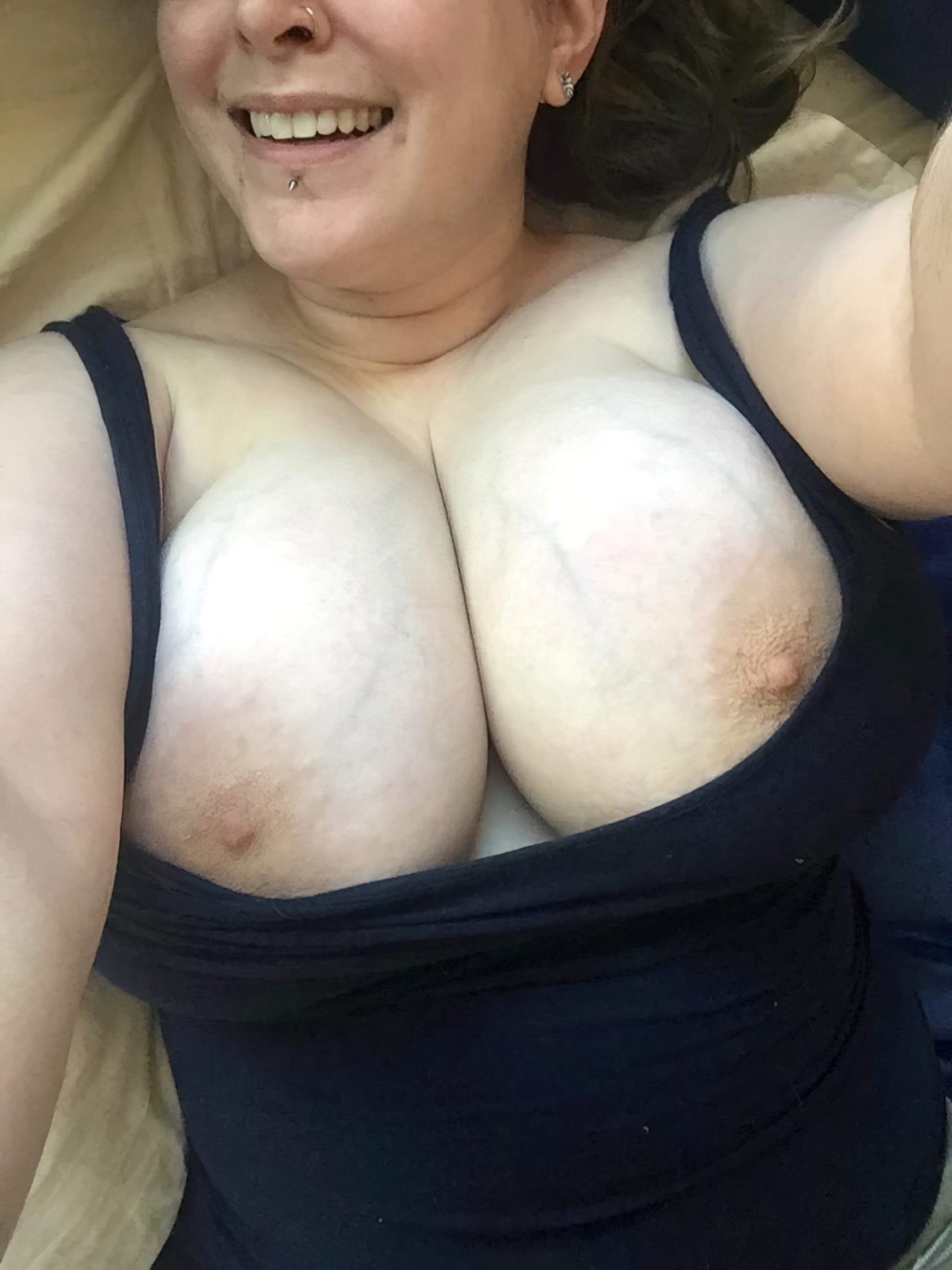 Nudes Gordinha Atrevida (12)