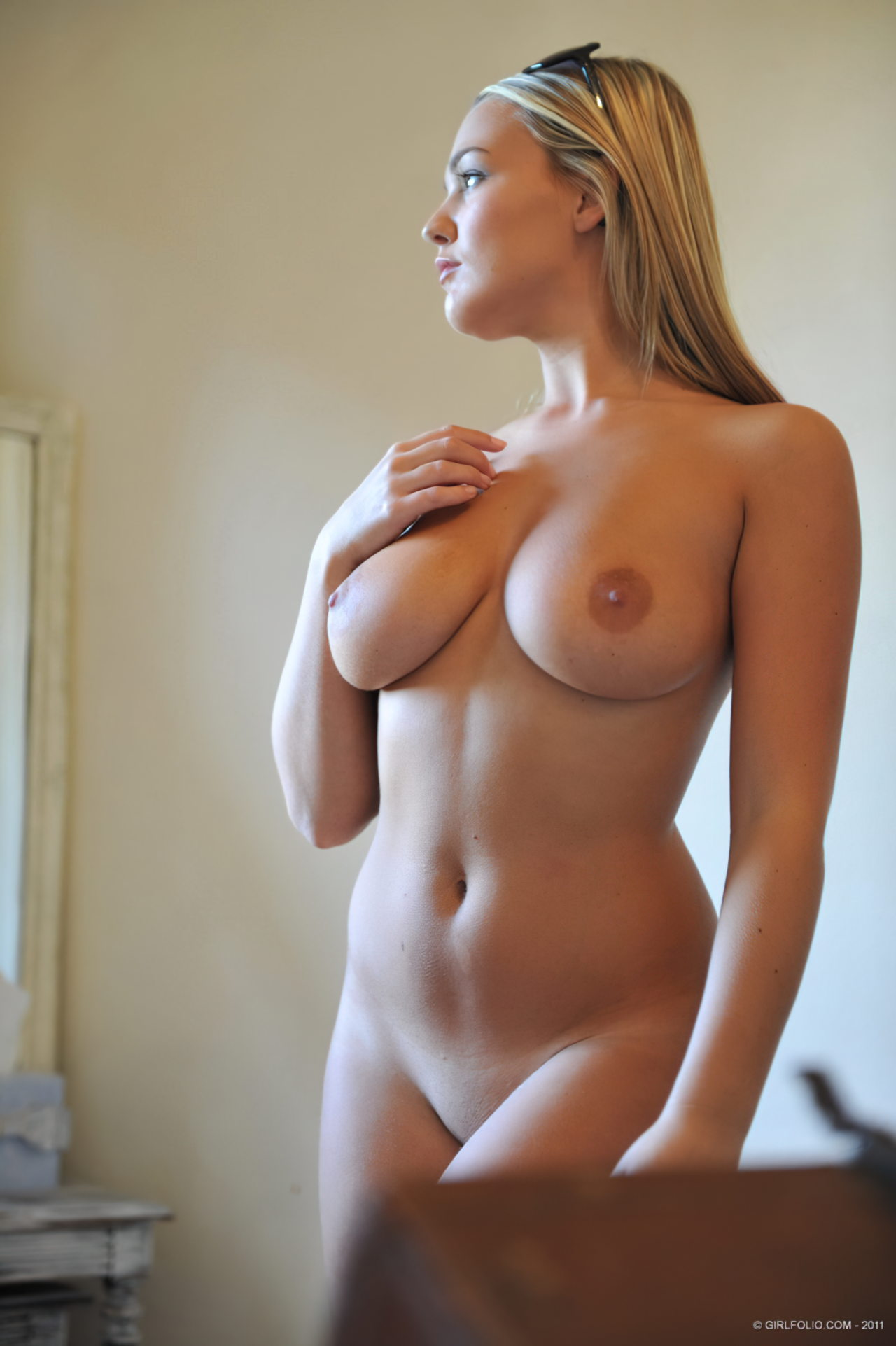 Topless (101)