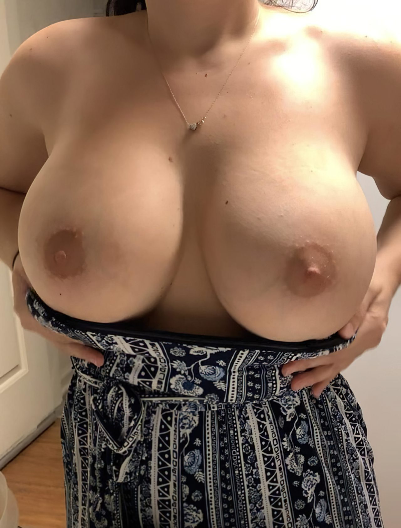 Topless (23)