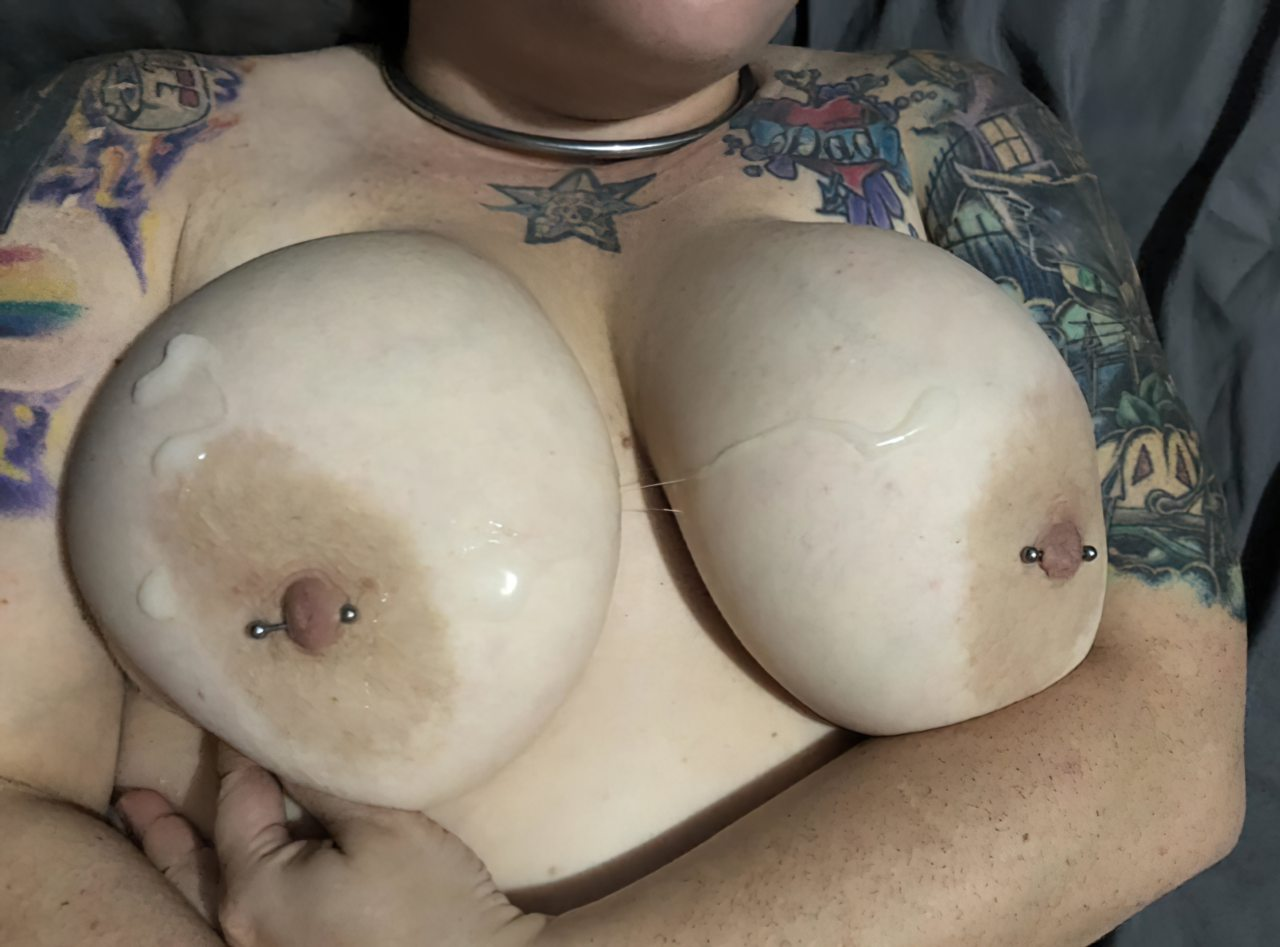 Topless (32)