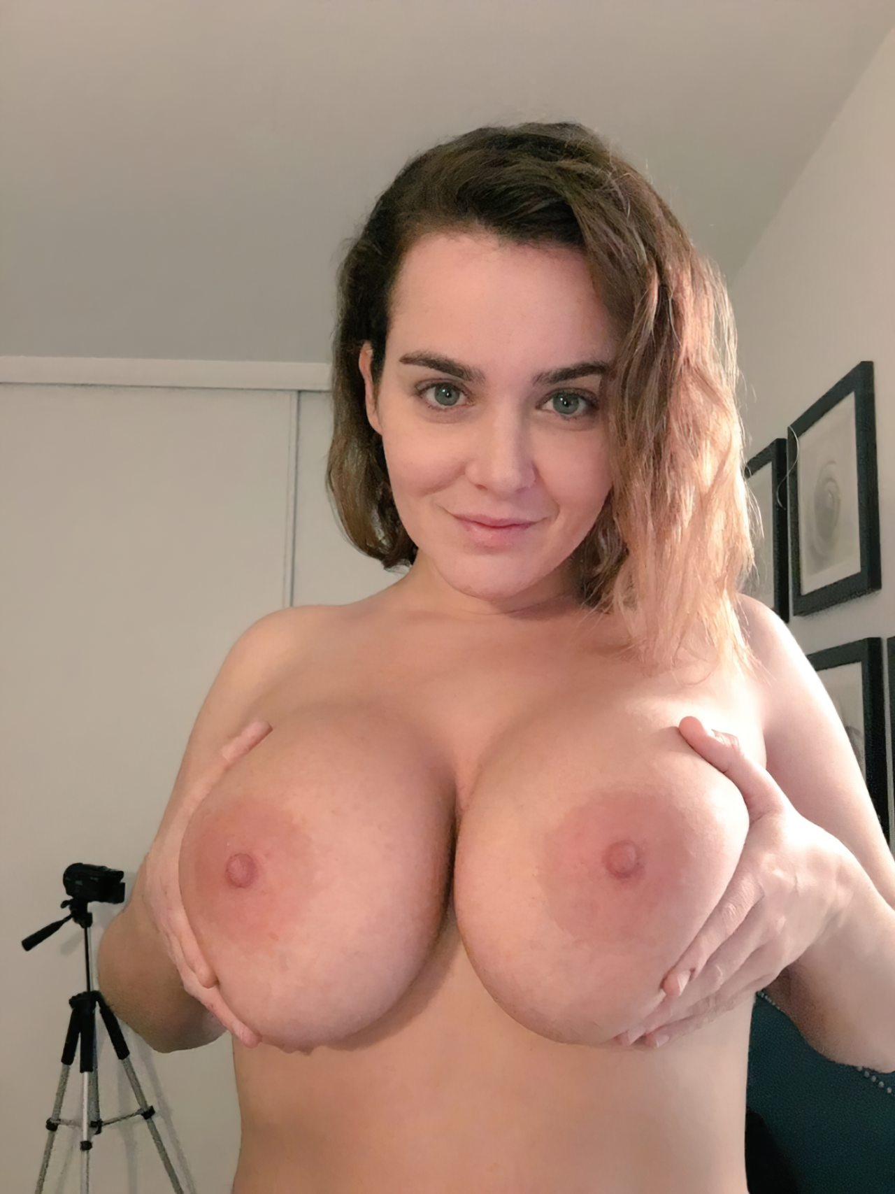 Topless (39)