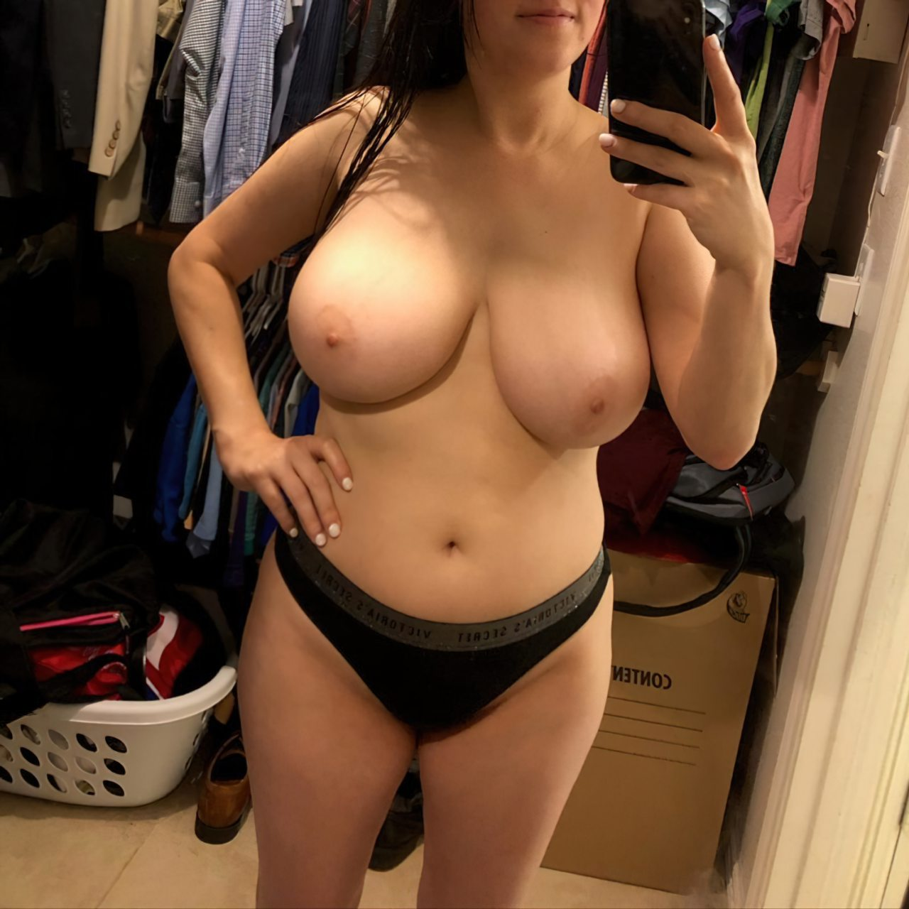 Topless (51)