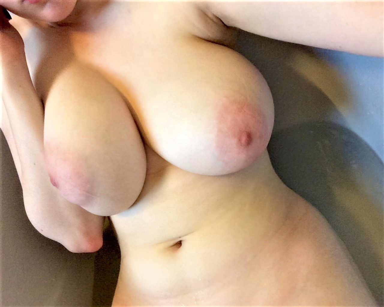 Topless (58)