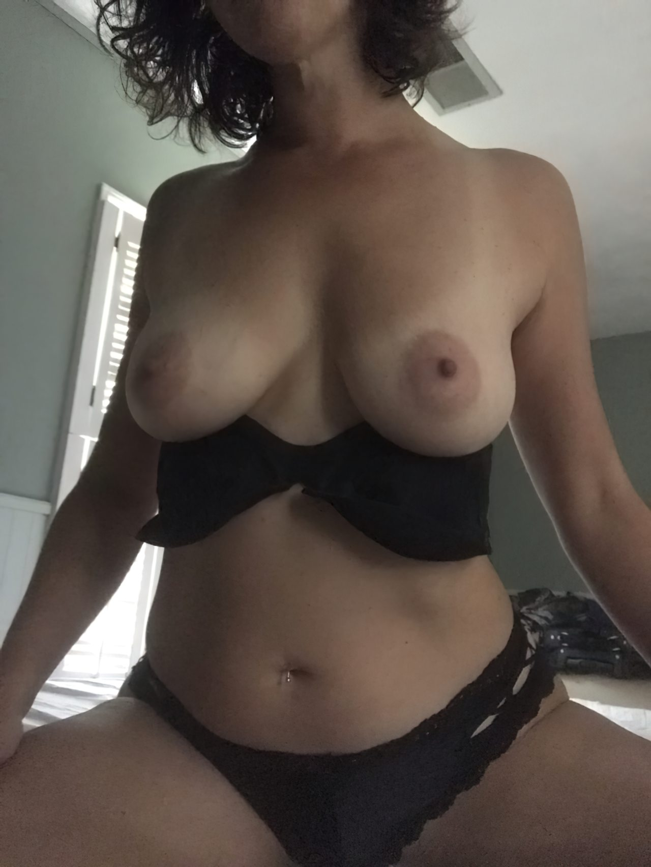 Topless (66)